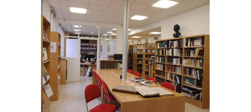 COVID-19 > la Bibliothèque M.Lapeyre fermée au public (15 mars 2020)