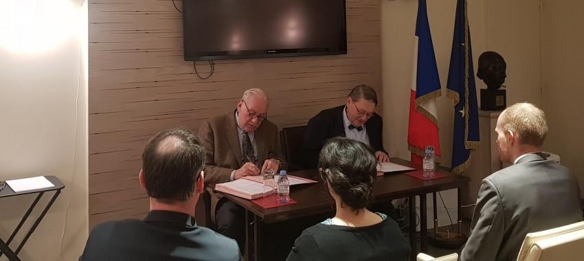Partenariat > Signature d'une convention de coopération avec le Service historique de la Défense